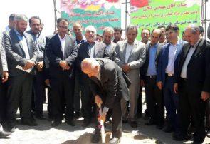عملیات اجرایی احداث گلخانه ۲۵ هکتاری سبزی و صیفی در شهرستان هریس آغاز شد